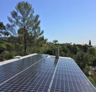 Beautiful solar curb appeal