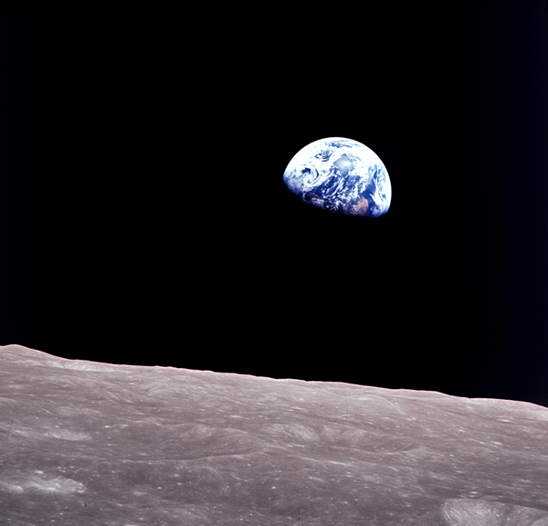 Earthrise - Apollo 8 - 1968